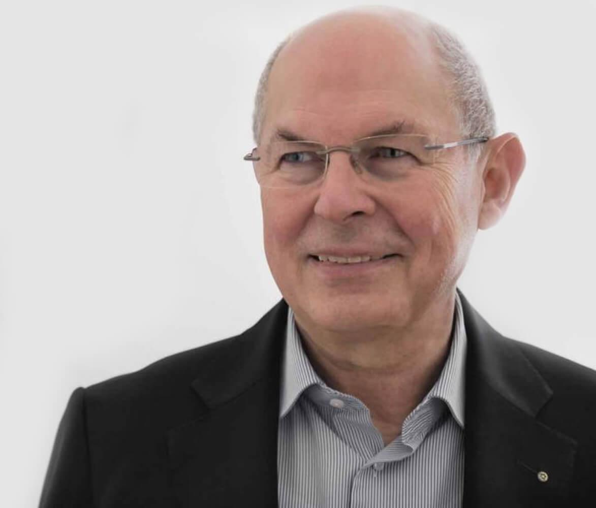 Dr_Rolf_Neuhaus_consulting